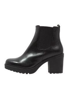Diese Stiefelette darf in keinem Schuhschrank fehlen. Vagabond GRACE - Stiefelette - black für 99,95 € (28.11.15) versandkostenfrei bei Zalando bestellen.