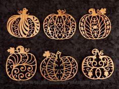 SLDK309 - Filigree Pumpkin Ornaments