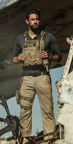 Fuck me how hot is this man! Airsoft, Military First, Military Gear, Special Ops, Special Forces, John Krasinksi, Combat Gear, My Sun And Stars, Men In Uniform