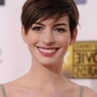 Kurze Frisuren Anne Hathaway Kurze Frisur Anne Frisur Frisuren Hathaway Kurze Sei Kurz Geschnittene Frisuren Haarschnitt Kurz Haarschnitt Ideen