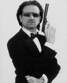 Bono with a gun omg!!!