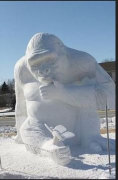 Beautiful Creations in Snow. Its rather rare that you find someone who doesn't like snow globes Tags: Creative Creations in Snow , Beautiful. Snow Sculptures, Sculpture Art, Ice Art, I Love Snow, Snow Art, Snow And Ice, Winter Wonder, Winter Snow, The Incredibles