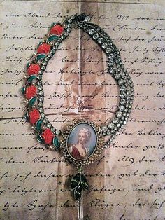 The Queens Tea Party Necklace