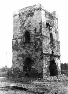 La Torre Blanca de Sevilla, el ortoedro que resiste más de mil años. | Matemolivares
