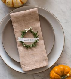 These Thanksgiving place cards are the easiest way to elevate your Turkey Day tablescape. Try one of our favorite DIY place card ideas for your Thanksgiving feast. Thanksgiving Place Cards, Thanksgiving Table Settings, Diy Thanksgiving, Holiday Tables, Thanksgiving Decorations, Holiday Parties, Christmas Decorations, Thanksgiving Tablescapes, Table Decorations