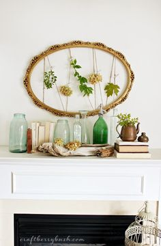 Love this for a minimal fall mantel  - 25 DIY Tips for a Gorgeous Fall Mantel