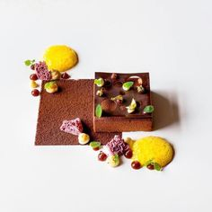 """4,596 Likes, 19 Comments - The Art of Plating (@theartofplating) on Instagram: """"Caramel, milk and dark chocolate, figs, ricotta, and orange by @acquerellosf #TheArtOfPlating"""""""