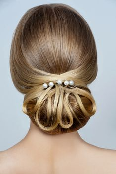 Are You Currently Hunting For Picture Of The Top Wedding Hairstyles Options For Your Personal Wedding Ceremony? You've Come To The Best Place, Just Click The Image And You Certainly Will Obtain Lots Of Wedding Hair Styles Photographs.