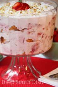 Punch Bowl Strawberry Angel Cake from Deep South Dish, includes layers of cubed angel food cake, topped with a mixture of cream cheese, sweetened condensed milk and Cool Whip and strawberries, with just a sprinkle of coconut and pecans. Strawberry Angel Food Cake, Angel Food Cake Desserts, Trifle Desserts, Strawberry Recipes, Easy Desserts, Delicious Desserts, Strawberry Sauce, Paula Dean Strawberry Shortcake Recipe, Strawberry Cake Recipe Paula Deen