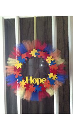 I love this wreath idea!!  #HOPE  THIS will hang on my classroom door....as soon as i get to michaels.  ;)