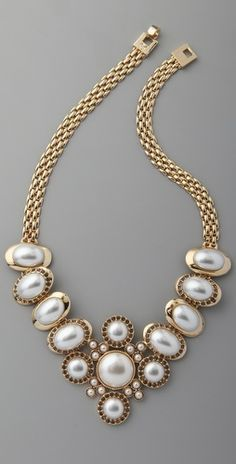 Rachel Leigh pearl necklace Jewery