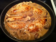 this sounds SO good! Peace, Love, and Low Carb: Pan-Seared Chicken with Balsamic Cream Sauce, Mushrooms and Onions