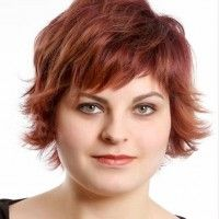Fat Women Hairstyles for Short Hair with Round Faces