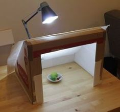 Do it yourself 'photography light box'. Aren't you creative!