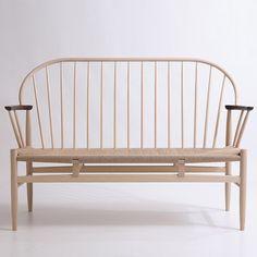 Bench by Koji Kasuragi
