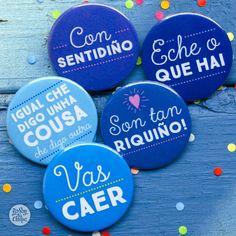 #Pack #Riquiño  En homenaje a nuestros clientes #gallegos hemos creado este pack. Comparte y/o aprende de la retranca y sabiduría #gallega y descubre esta particular forma de entender el mundo.  El pack se compone de 25 #chapas  diferentes en 38mm, si lo prefieres también puedes conseguirlas en formato imán. #galicia #regalos #bodas http://yosoytuchapa.com/chapas/113-pack-riquino.html