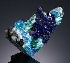 LINARITE  Sunshine No. 1 Adit, Blanchard Mine, Bingham, Hansonburg  Dist., Socorro Co., New Mexico, USA      Very easily mistaken for Azurite at first glance, Linarite: a  related Copper mineral is only rarely encountered, especially in  large, discrete crystals. From the spectacular find of a lifetime,  made by Brian Huntsman in December 1979. This discovery is widely  acknowledged to be the most significant find of this mineral in  modern times and this specimen is the Number One specimen.