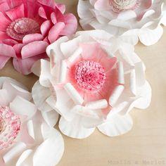 Muslin and Merlot: Paper Plate Flowers!