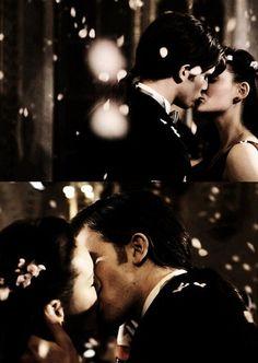 """""""Tu n'as pas besoin de pouvoir magique pour l'être pour moi."""""""