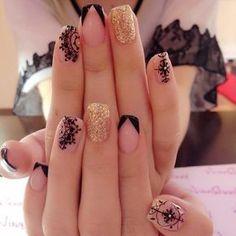 french nails with rhinestones Beautiful Perfect Nails, Gorgeous Nails, Pretty Nails, Acrylic Nail Designs, Nail Art Designs, Acrylic Nails, Nails Design, Lace Nails, Glitter Nails