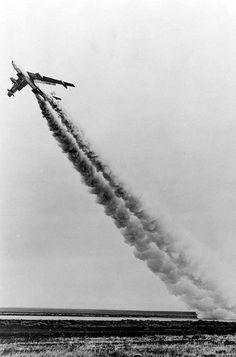 Boeing XB-47 rocket-assisted take off on Dec. 31, 1948. (U.S. Air Force photo)
