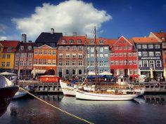 Nyhavn spreek je uit als Nyhavn #nyhavn #copenhavn #copenhagen #denmark #denemarken