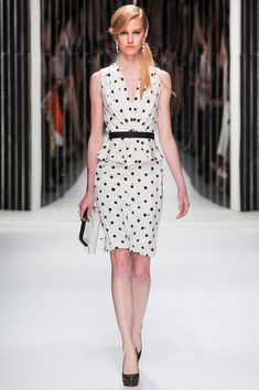 Jenny Packham Spring 2013 Ready-to-Wear Fashion Show Collection
