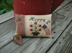 Primitive Cross Stitch Sampler Pattern Happy 4th Pinkeep