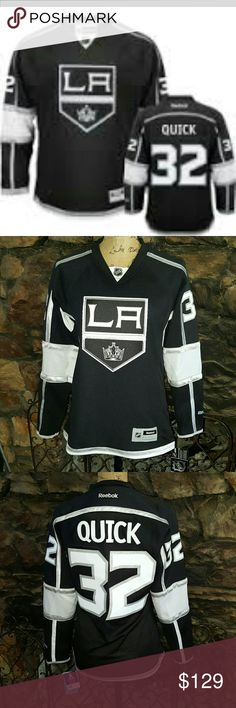 Reebok Edge Premier Jersey Quick NWT This would make a great present. Pristine! Reebok Tops