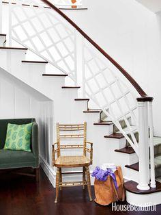 Gentil David Hicks Inspired Banister. Design: Peter Dunham. #stairs
