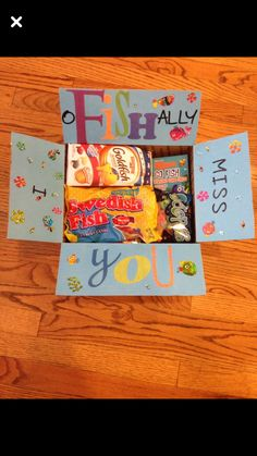 Diy care package - 22 Genius Friend Care Package Ideas Guaranteed To Make Them Smile – Diy care package Camp Care Packages, Missionary Care Packages, College Care Packages, Missionary Mom, Deployment Care Packages, Military Care Packages, Lds Missionaries, Birthday Care Packages, Diy Birthday