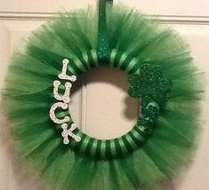 St Patrick's Day Wreath by BitsandC on Etsy, $23.00