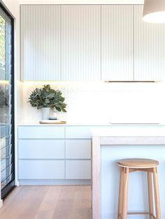contemporary Australian kitchen design #KitchenInterior