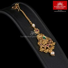 Shop traditional maang tikka online from Kameswari Jewellers in India. Choose from latest maang tikka and bridal jewellery collections. Tikka Jewelry, Head Jewelry, Wedding Jewelry, India Jewelry, Baby Jewelry, Hair Jewellery, Mommy Jewelry, Friend Jewelry, Bridesmaid Jewelry