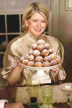 """When Martha Stewart published her first book, """"Entertaining,"""" in she had big, wavy, Kathleen Turner-style tresses. Martha Stewart Recipes, Martha Stewart Crafts, Turkey Hill, Kathleen Turner, Whats Gaby Cooking, Fruit Garden, Picky Eaters, Catering, Powerful Women"""