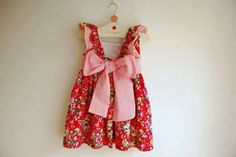 ♥ cute little girls dress  love bows!