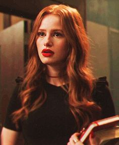 Cheryl Blossom Riverdale, Riverdale Cheryl, Riverdale Cast, Madelaine Petsch, Live Action, Five Jeans, Veronica, Betty Cooper, Red Aesthetic