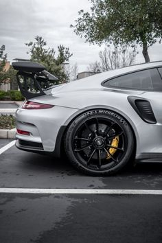 Sports cars above are high-end cars that are costly. Luxury cars remain in minimal manufacturing, so there are many people that have not seen the autos directly. Porsche Panamera, Porsche 911, Porsche Sports Car, 911 Turbo S, Fast Sports Cars, Super Sport Cars, Bugatti, Lamborghini, Ferrari
