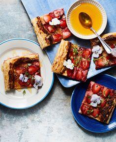 Feta-mansikka-levypiirakka | Leivonta, Pizzat ja piirakat, Kasvis, Juhli ja nauti | Soppa365 Feta, Dairy, Cheese