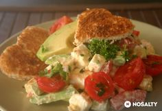 Avokádó saláta Feta, Tacos, Chicken, Breakfast, Ethnic Recipes, Foods, Morning Coffee, Food Food, Food Items