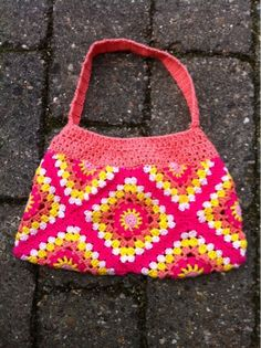 Crochet granny square bag - Design by Dalkær