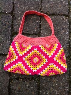 Crochet granny square bag - Design by Dalkær