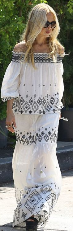 4392aa074cd4 Who made Rachel Zoe s white embroidered skirt and off the shoulder top  Rachel  Zoe