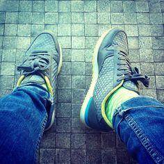 Dotted socks in green by Lemonade Attack / Calcetines verdes con puntos by Lemonade Attack Rayas y Cuadros @Raya y Cuadros Blog Moda Masculina | Websta