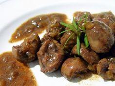 Fuente: www.eladerezo.com    Necesitaremos     1000  gramos  de riñones de ternera muy limpios   1-2 cucharada de sal gorda    300  gramo...