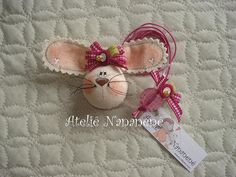 "Marcador de livro ""Coelha charmosa"" by Ateliê Nananenê by Rê, via Flickr"
