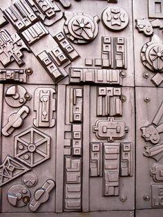 Paolozzi Ceramics Projects, Clay Projects, Ceramic Boxes, Ceramic Art, Mind Map Art, Eduardo Paolozzi, Technological Change, Plaster Cast, Machine Design