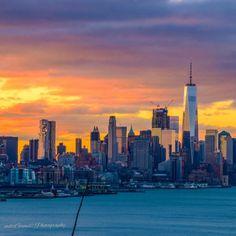 New York looks gorgeous by  @mitzgami#newyork #newyorkcity #nyc #manhattan #brooklyn #photography