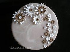 Ízek...torták...és más állatfajták: Barnás márványos Nőnapi torta