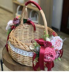 Wedding Gift Baskets, Wedding Gift Wrapping, Cake Basket, Trousseau Packing, Wicker Picnic Basket, Sewing Baskets, Flower Girl Basket, Basket Decoration, Wedding Crafts